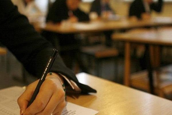 Средни училишта наплаќаат такси за свидетелства: Ќе биде информиран просветниот инспекторат