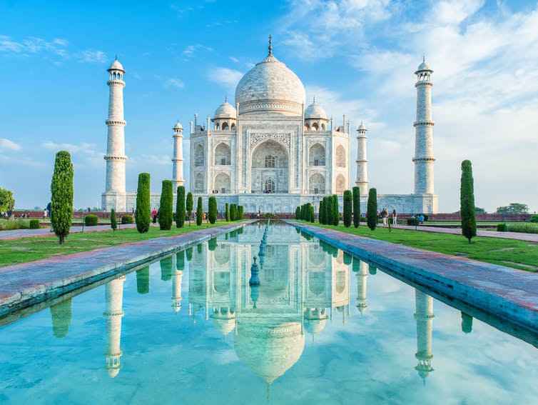 Се отвараат Таџ Махал и останатите знаменитости за посетители