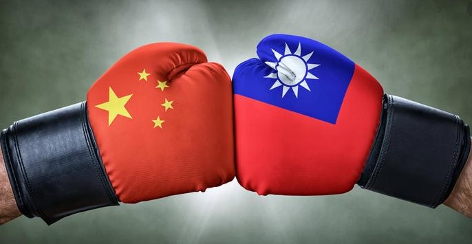 Кинеската агресија на дело: Испратија воени авиони кон Тајван, САД уверува дека е безбедно и стабилно