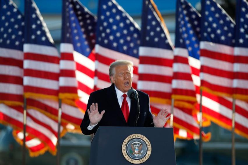 (ВИДЕО) Трамп на првиот митинг: Ќе ја вратиме Америка и тоа наскоро