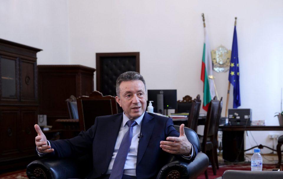 Стоилов: Цел на бугарската техничка  Влада е да ги разоткрие моделите за спроведување корупција