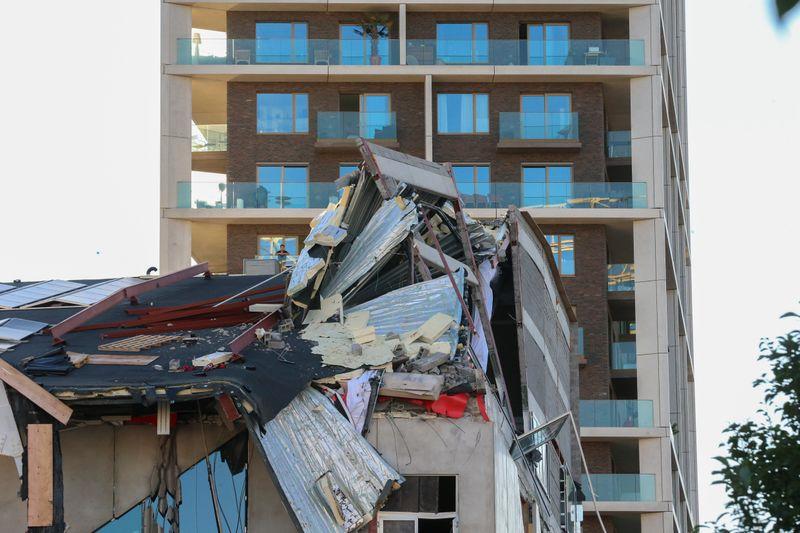 Се урна училишна зграда во Белгија, минимум девет повредени