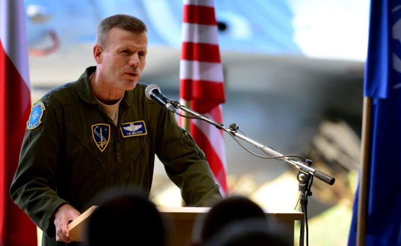 Командантот на НАТО за Европа денеска во официјална посета на Македонија
