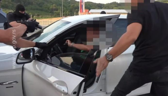 (ВИДЕО) Српската полиција заплени околу 80 килограми марихуана