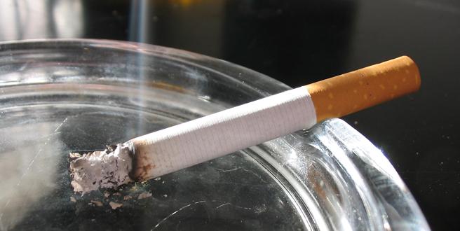 Пушењето цигари е многу поштетно при поголеми жештини