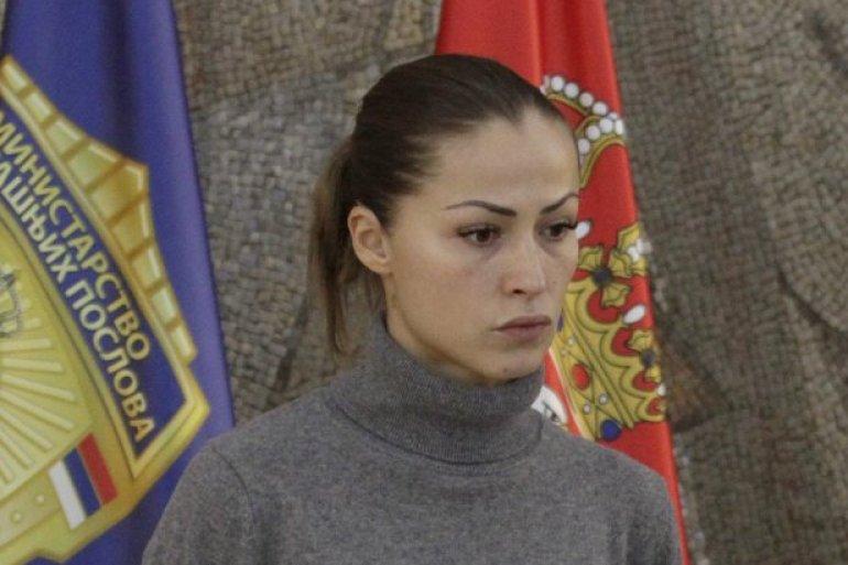 (ФОТО) Соработничка на Веља невоља од МВР тренира бокс