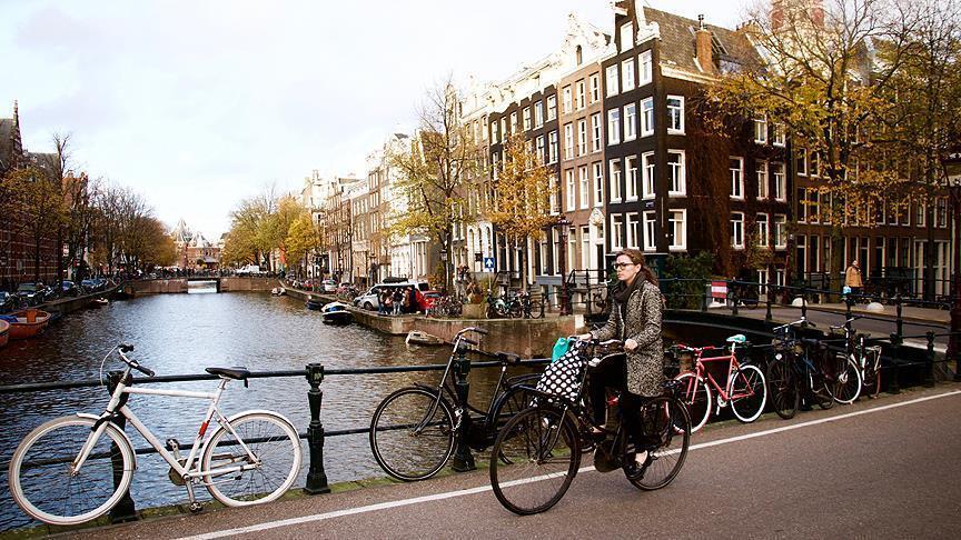 Холандија го избегна германското сценарио со поплавите