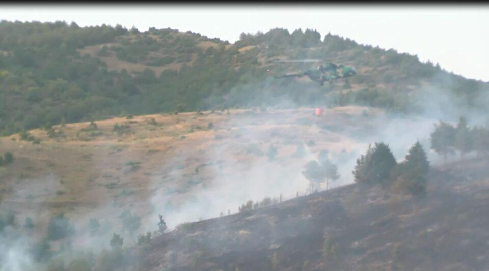 (ВИДЕО) Пожарот кај Кочани ставен под контрола, но не е локализиран