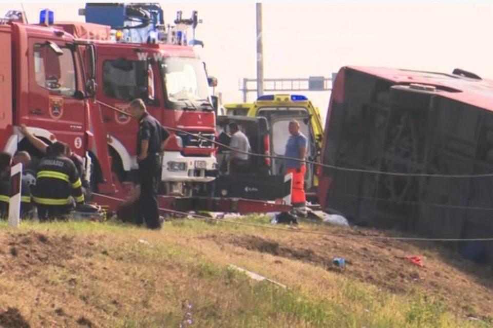 Возачот на косовскиот автобус во кој загинаа 10 лица се брани со молчење