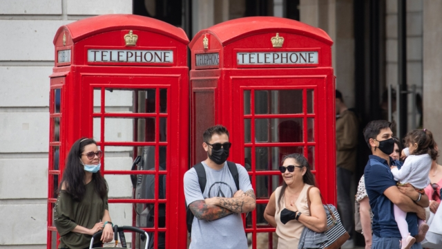 Намален бројот на новозаболени со ковид во Британија