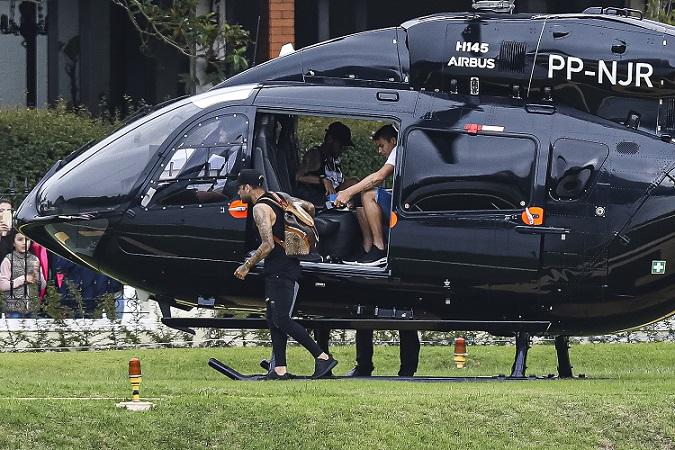 Нејмар купи специјален модел на хеликоптер