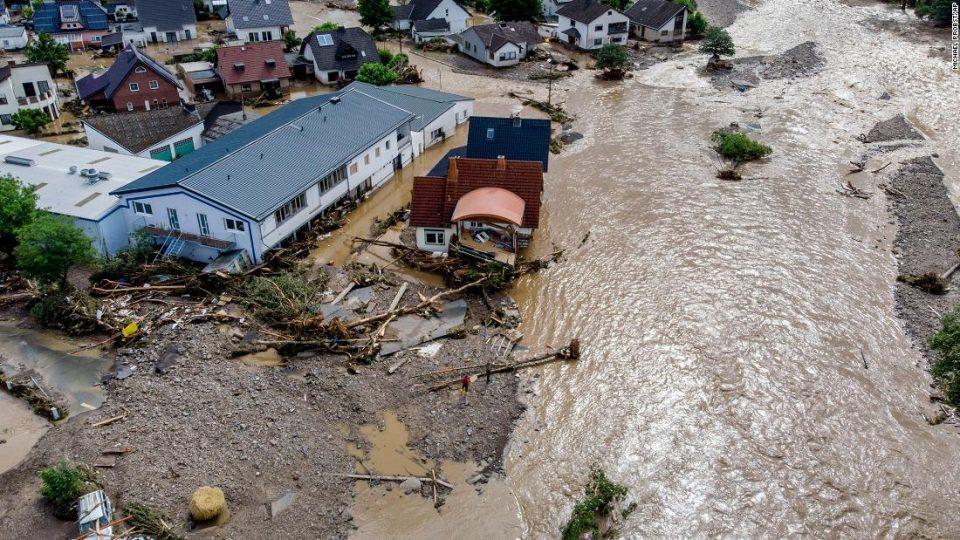 МНР: Нема настрадани македонски државјани во поплавите во Западна Европа