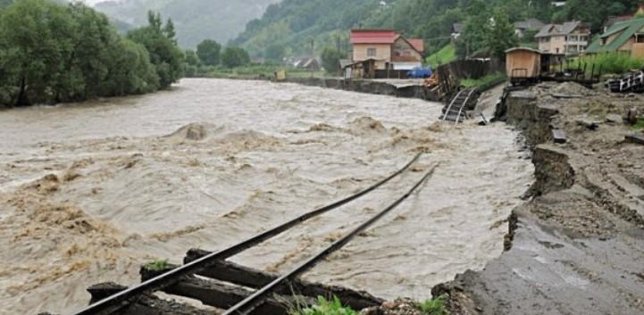 Поплавите предизвикаа хаос во Романија, има загинати
