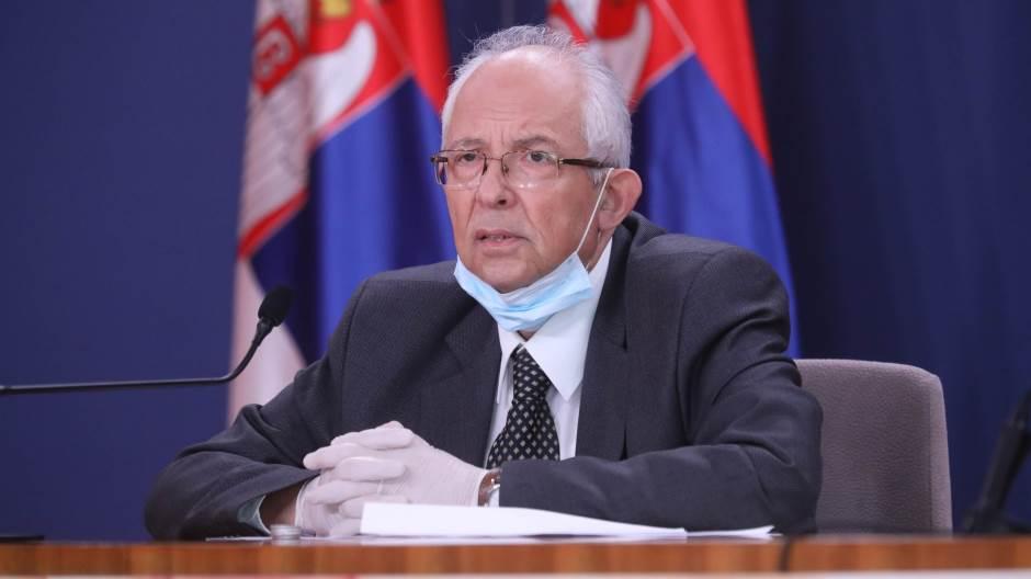 Болниците во Србија се полнат, од 1 август можни нови мерки, предупредува Кон