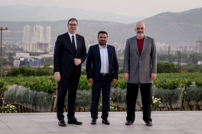 """Заев: Очекувам во """"Отворен Балкан"""" да се приклучат и други земји"""