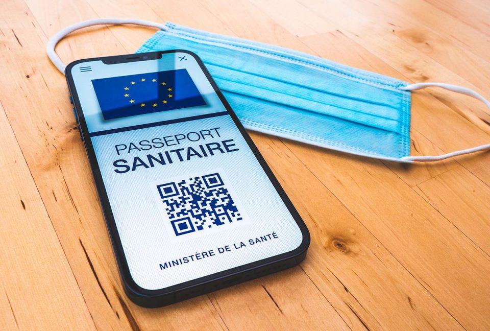 Франција почнува со суспенција на невакцинираните здравствени работници