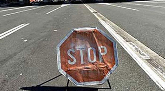 Сообраќајот на патот Прилеп – Градско во целосен прекин поради пожар