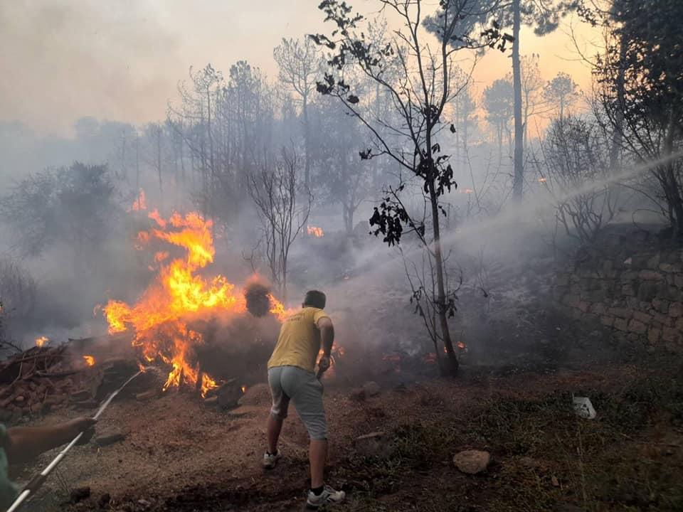 Дирекцијата за спасување апелира граѓаните да се вклучат доброволно во гасење на пожарите