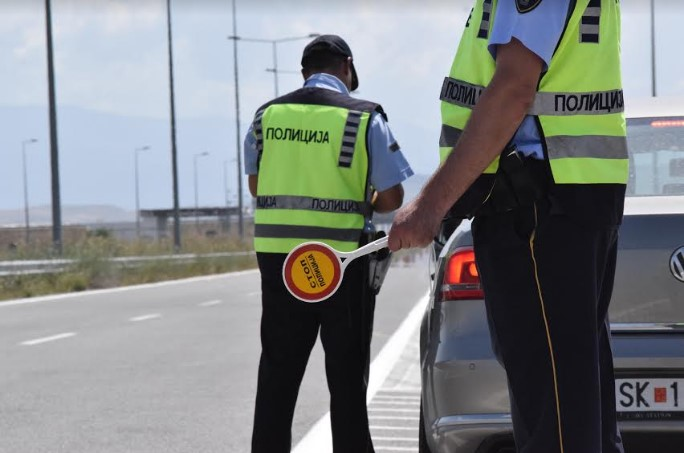 152 сообраќајни прекршоци во Скопје, 63 за брзо возење