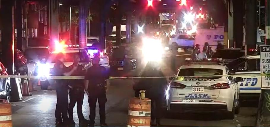 (ВИДЕО) Пукање во Менхетен: Пет лица се повредени