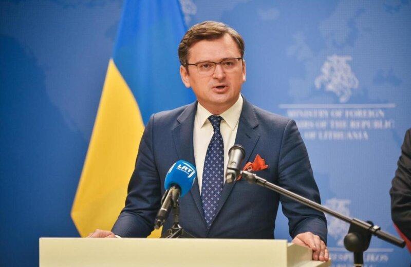 Кулеба: Украина одлучува сама за себе, а не Русија