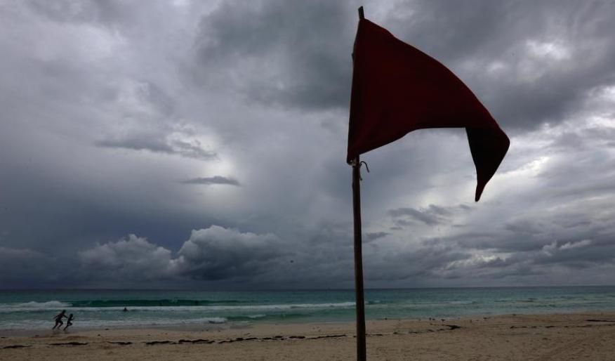 Ураганот Сем достигна трета категорија во Атлантикот