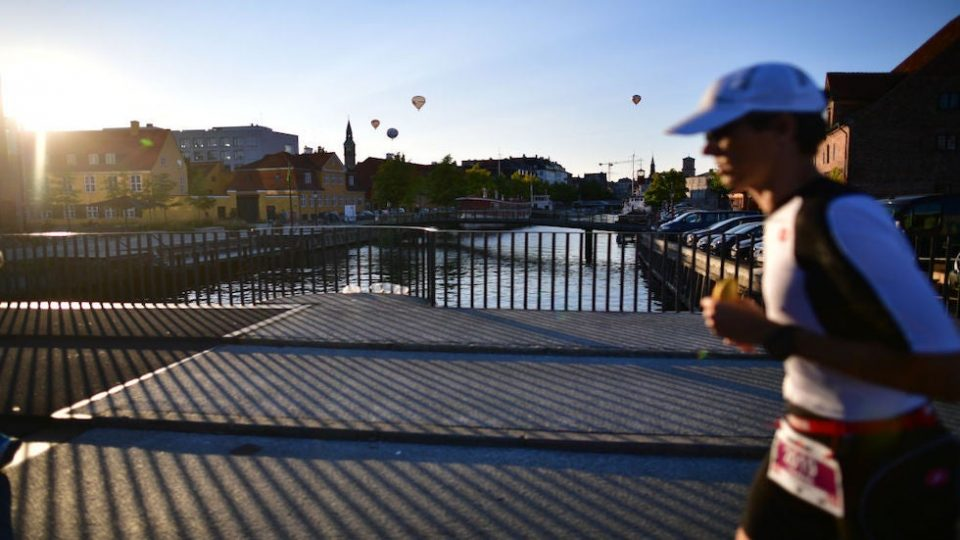 Данска од денеска ги укинува сите анти-ковид мерки