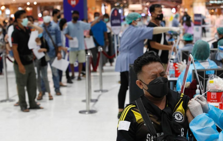 Кина целосно вакцинираше над една милијарда жители против Ковид-19