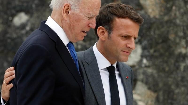 Франција го враќа својот амбасадор во Вашингтон, по разговорот на Макрон и Бајден