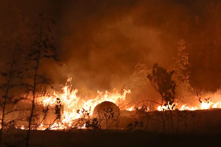 Пожарот на Јабланица четврти ден активен