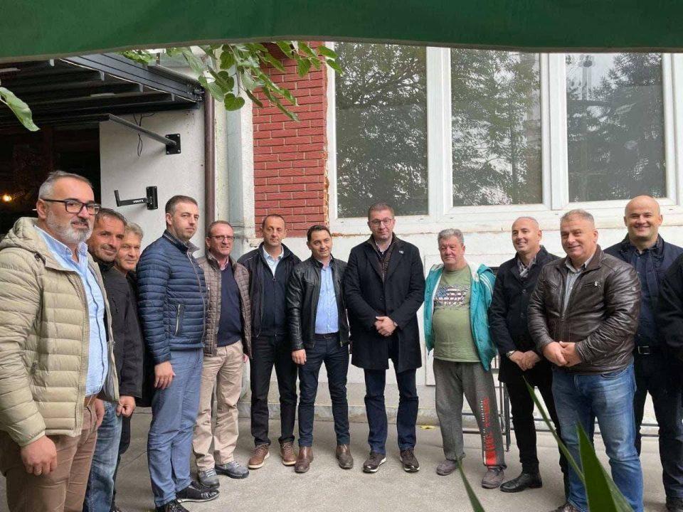 Мицкоски го посети Теарце: Заеднички да создаваме нова иднина за Македонија!