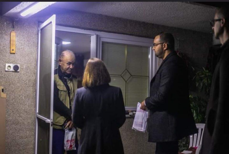 Јаневска: Царовска од врата на врата, очигледно нема друга работа, во образование се и е средено